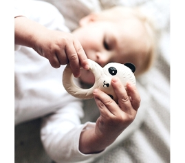a-little-lovlely-company-baby-leksak-panda-linkoping-brandsforkids